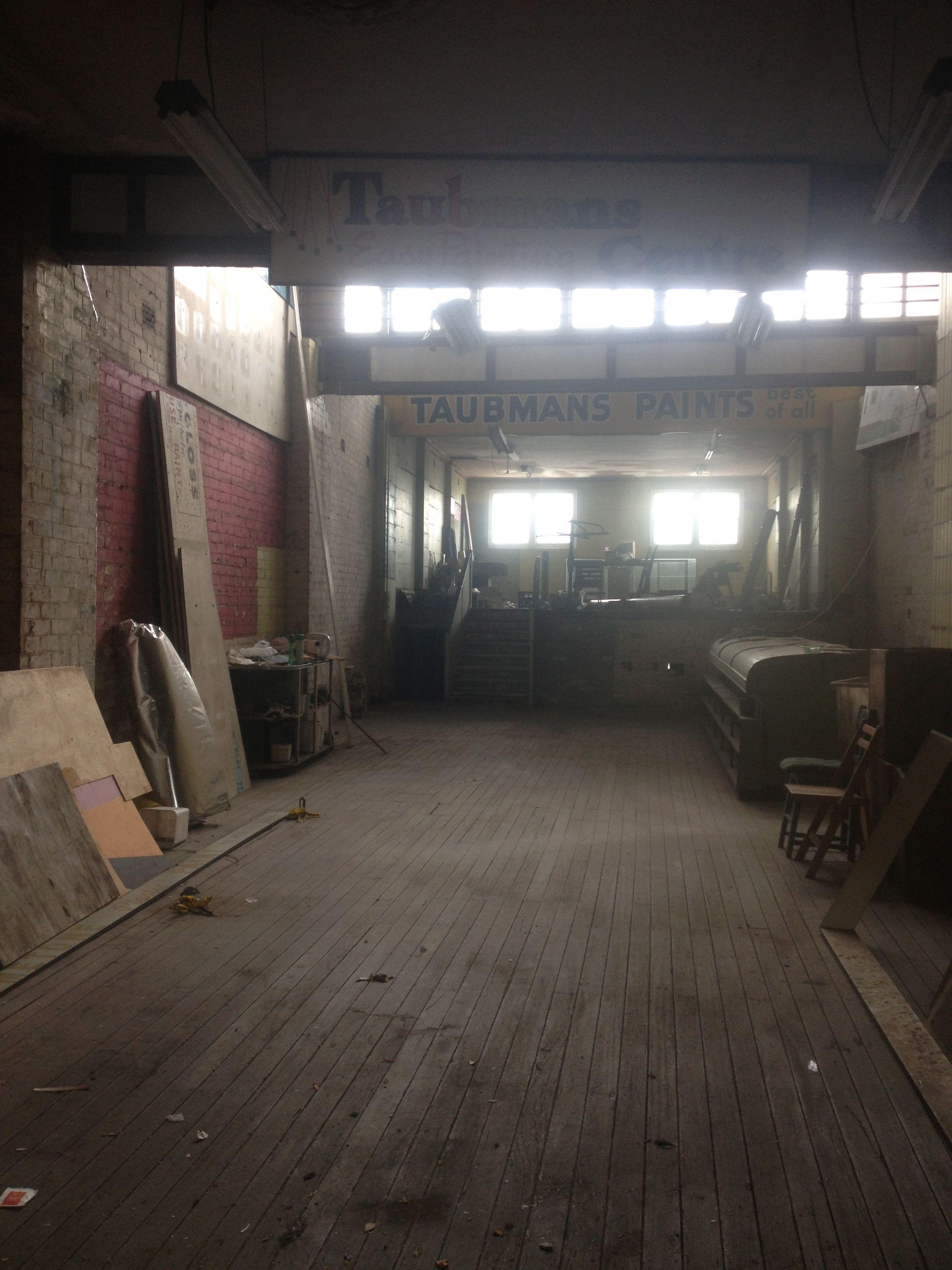 inside knispel