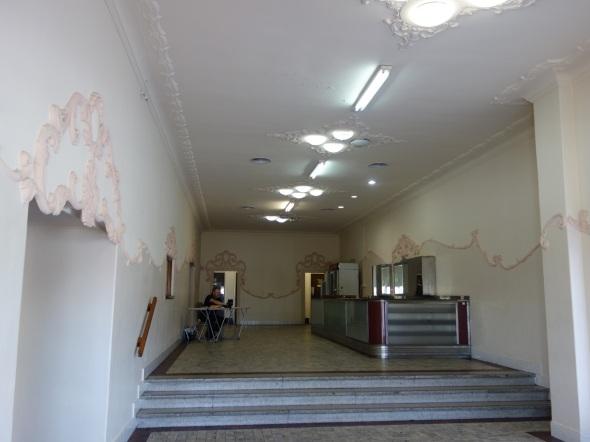 Granville Crest Foyer