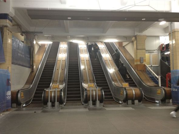 wynyard-escalators